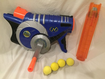 Vintage Review: The Nerf Cyclo-Tron (Full Auto Ball Blasting!)