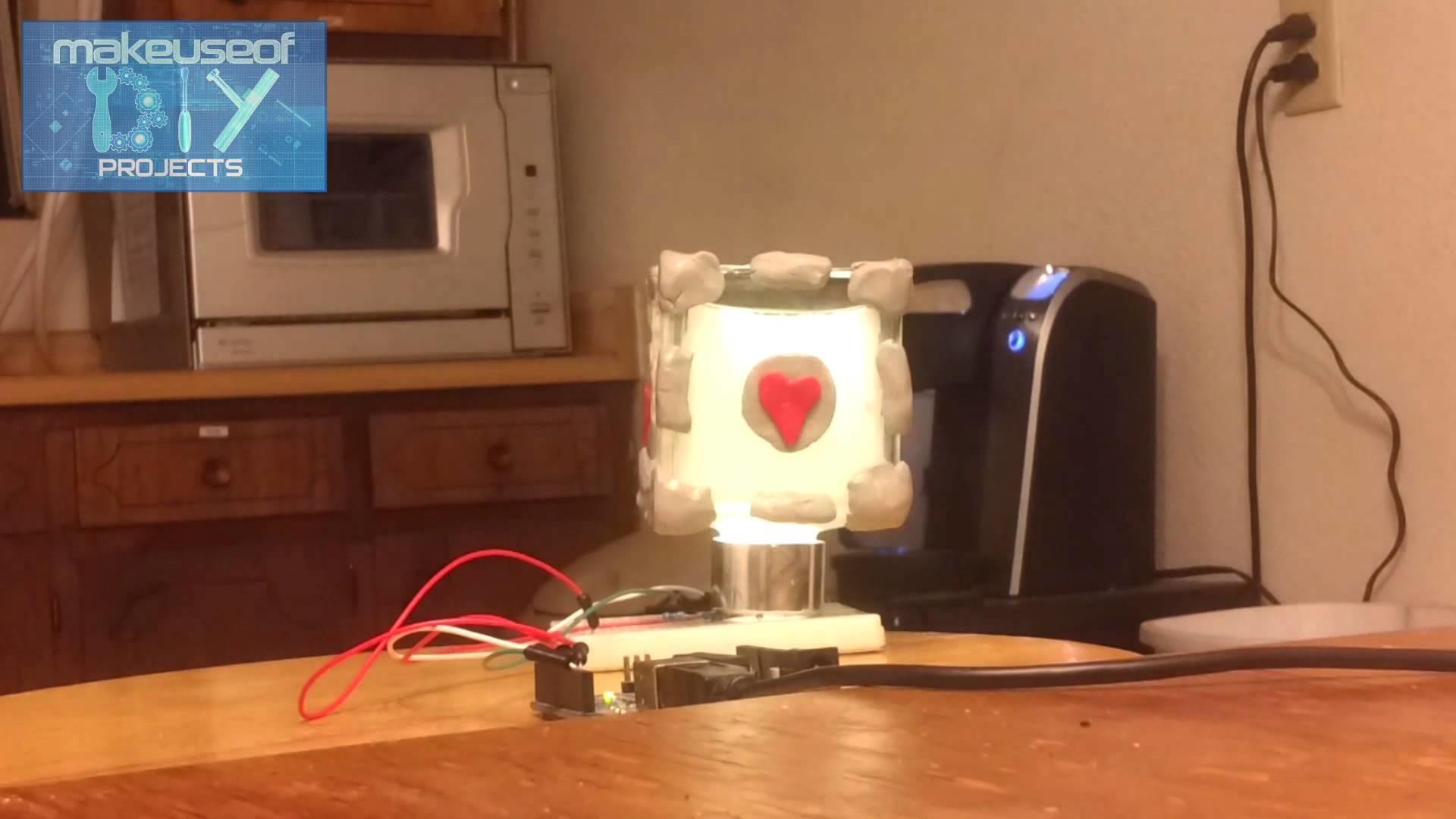 DIY Companion Cube Mood Lamp