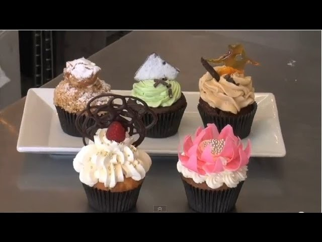 How to Decorate a Cupcake