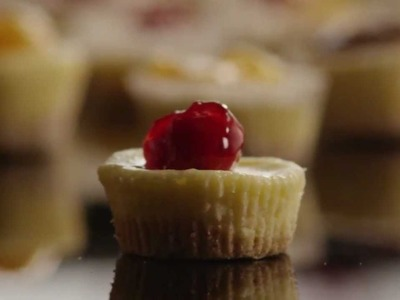 How to Make Mini Cheesecakes