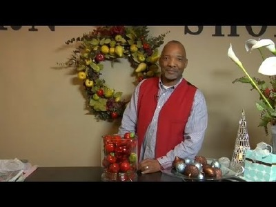 How to Make Christmas Arrangements From Fruit : Christmas Decorating