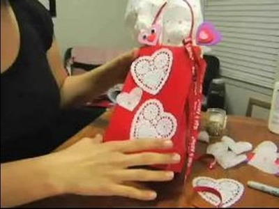 How to Make Valentine's Day Gifts : How to Decorate Gift Bags for Valentine's Day