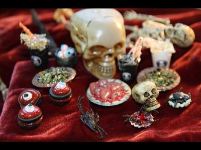 DIY: Halloween Buffet: Roasted Toad Pie, Poisonous Potions, Eyeball Soup and More