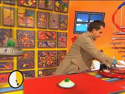 Mister Maker: How to Make a Flying Saucer