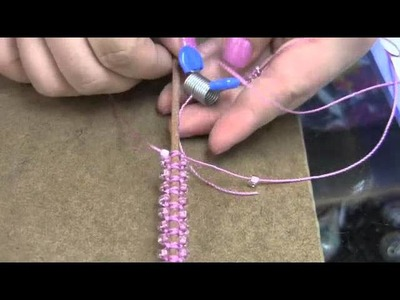 Bead Snack Video: Mary's Macrame at The Bead Gallery, Honolulu