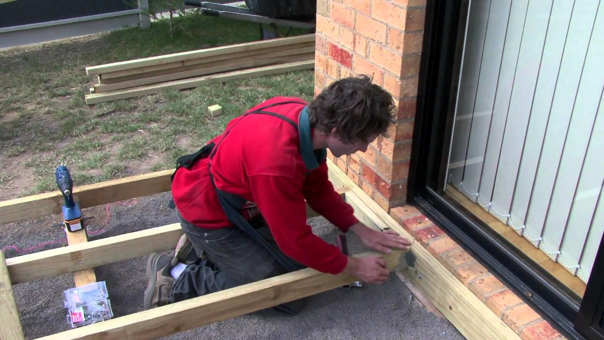 Assemble The Decking Frame - DIY At Bunnings