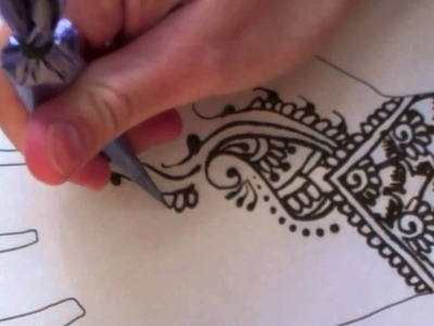Holiday Henna Design