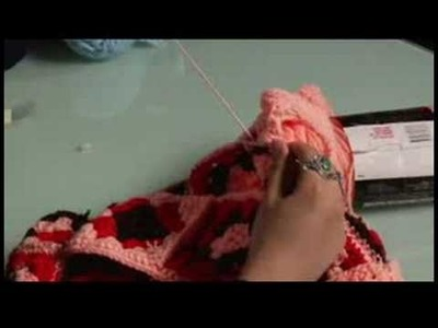 How to Crochet a Bag : Crochet: Start to Sew in Strap