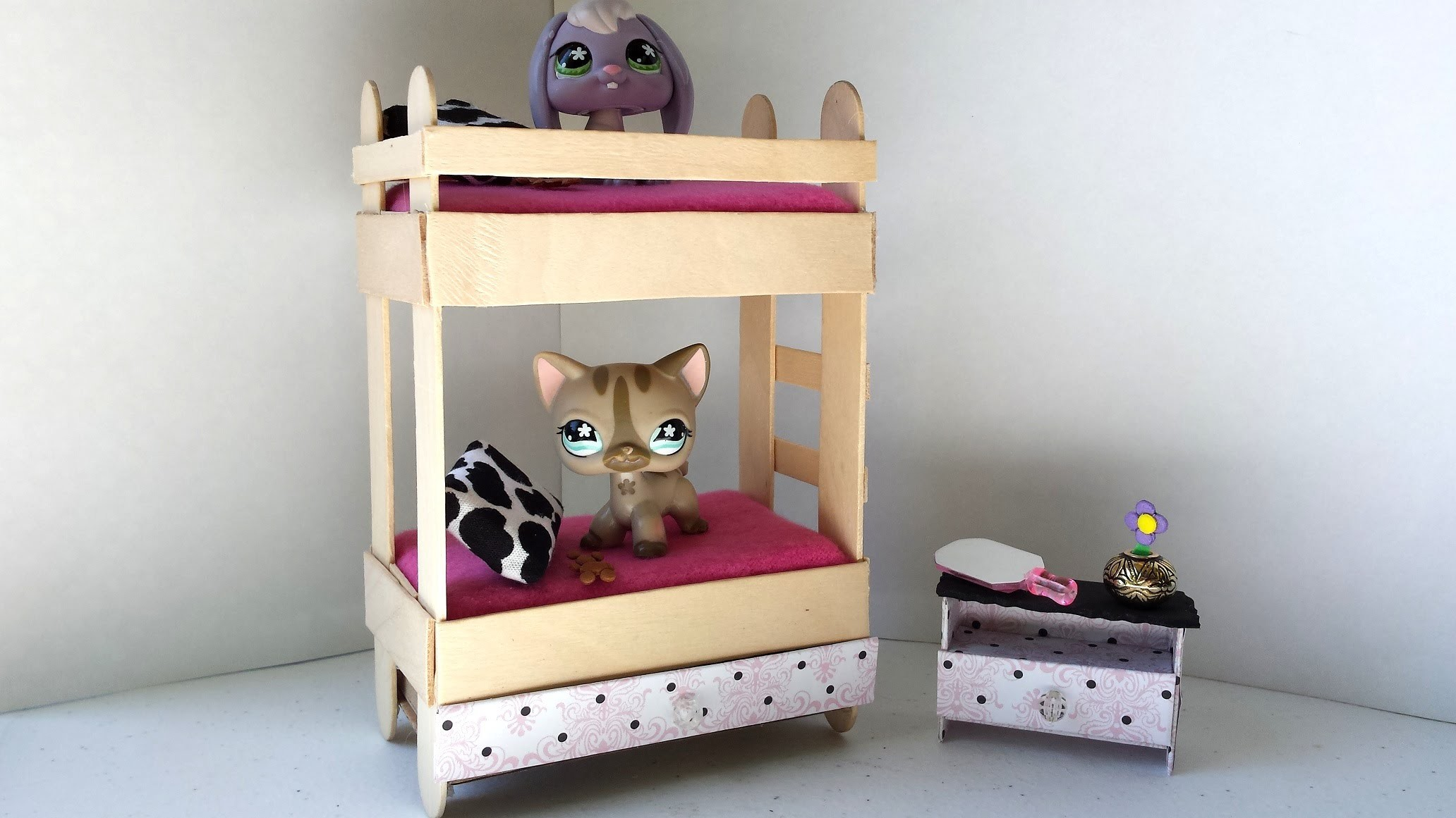 How to Make a Tiny Bunk Bed with Drawer for LPS: Littlest Pet Shop Doll DIY Accessories