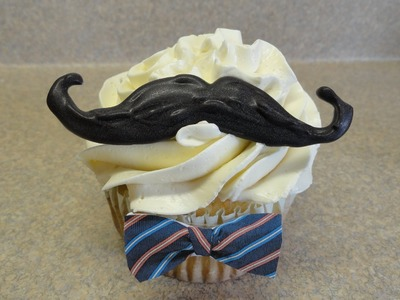 Decorating Cupcakes #104:  Mustache Cupcakes