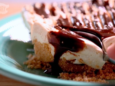 Peanut Butter Banana Freezer Pie - Casserole Queens