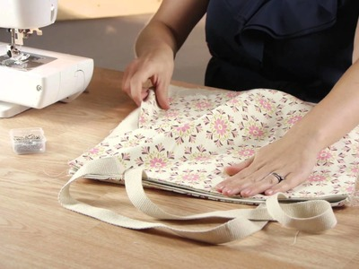 How to Make a Shoulder Handbag : Crafting Projects & Cleaning