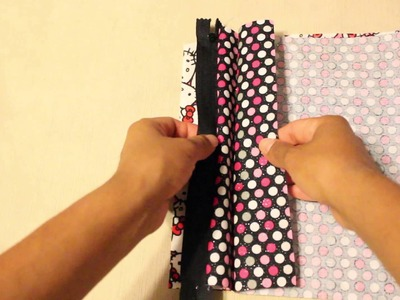 DIY Sewing a Zipper Bag with Lining - Hello Kitty
