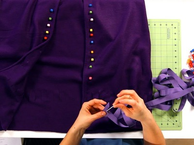 How to Finish a No-Sew Cape   No-Sew Crafts