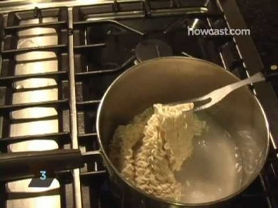 How to Jazz Up Ramen Noodles