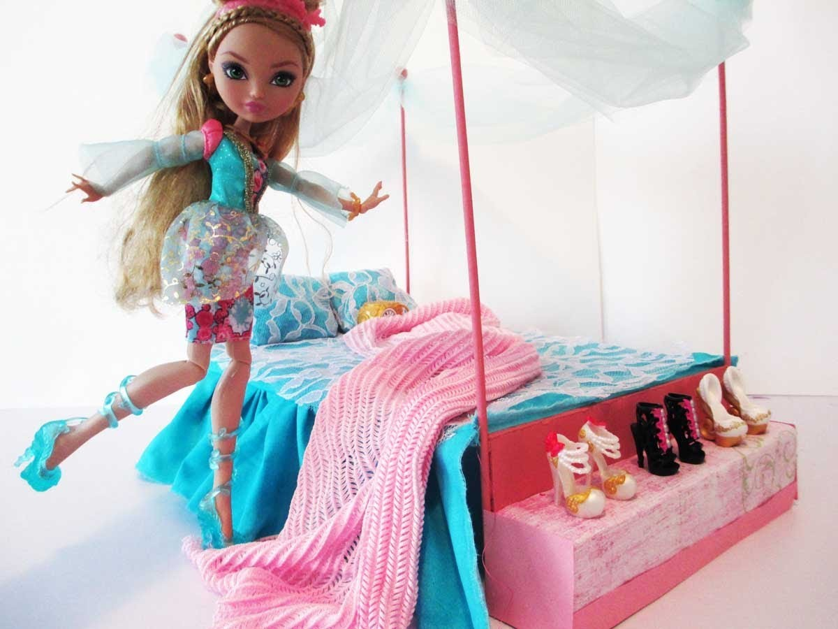 How to make a Ashlynn Ella Bed Tutorial. Ever After High
