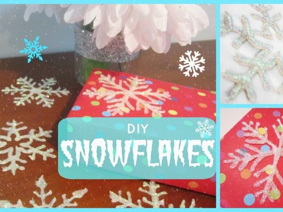 {Christmas} ❄ DIY Snowflakes & Window Decals