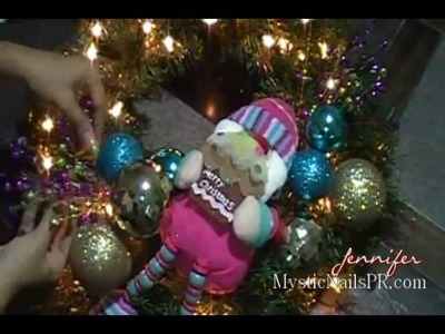 How To Decorate Christmas Wreath :::.  ☆ Jennifer Perez of Mystic Nails ☆