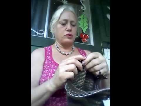 Video 8, How to make a beanie, cap, hat, knitted, again, decreasing to middle