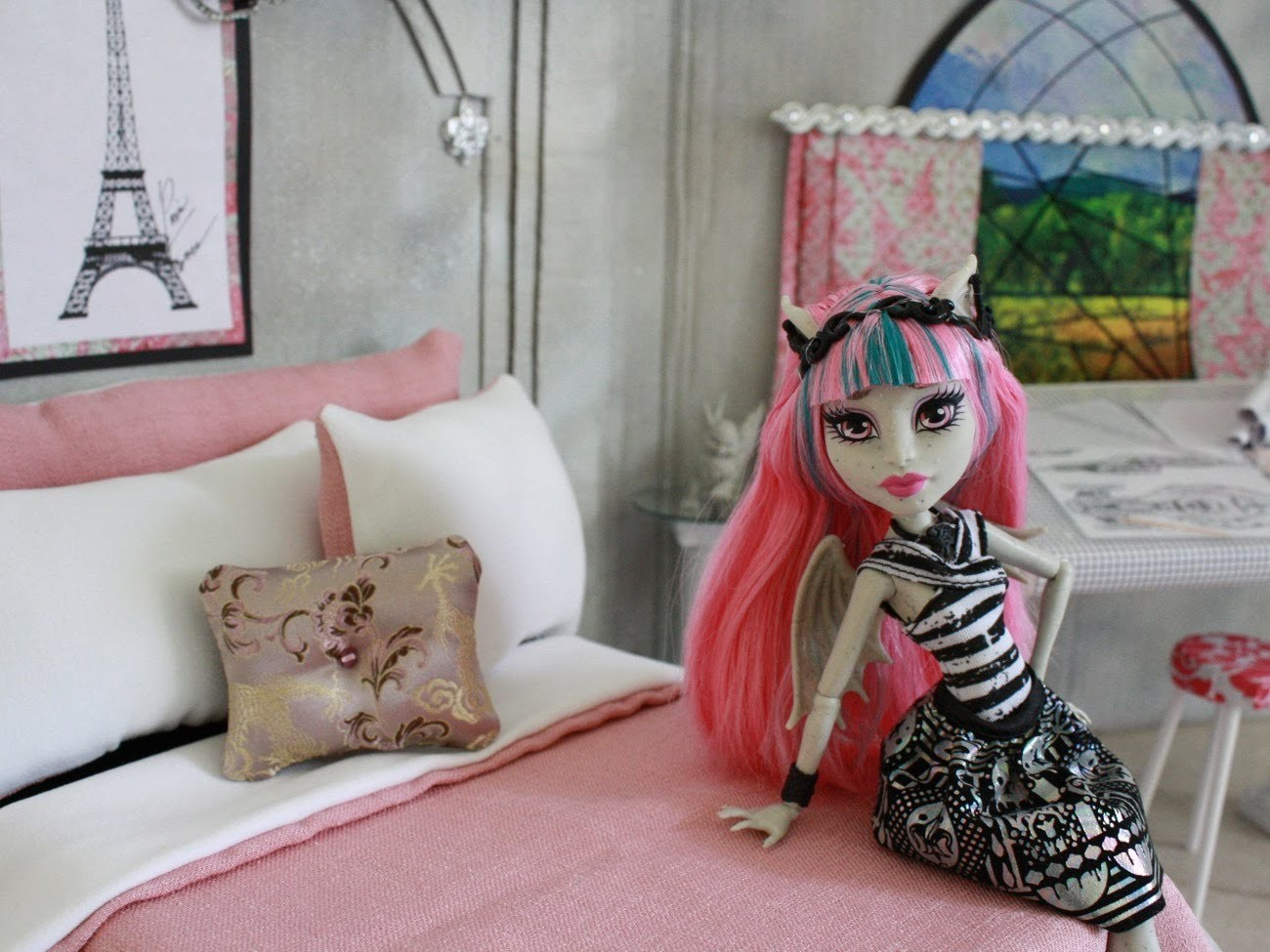 Doll Room Tour: Rochelle Goyle