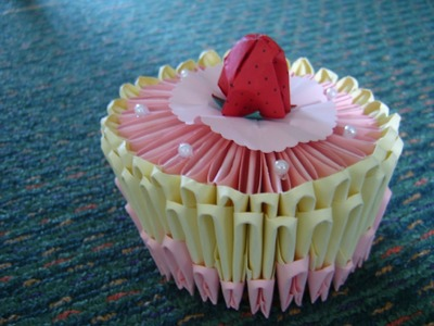 3D origami: birthday cake