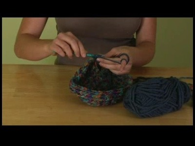 How to Crochet a Hat : Crochet Double Stitch Color Change