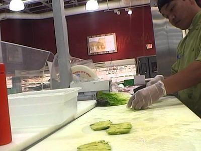 How i make  avocado salad roll