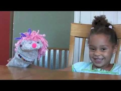 KID VLOG by JAYLEE #7: How to make a sock puppet (w Avenue Q) 3 yrs old