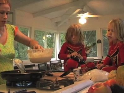 Mother's Day Banana Pancakes Recipe : Tamra Davis .