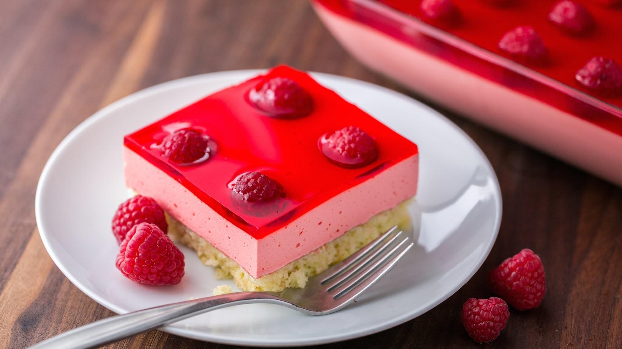 Dessert: Raspberry Jello Cake Recipe - Natashas Kitchen