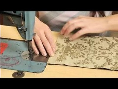 How to Make a Coin Purse : Sewing The Lining in A Coin Purse