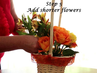 How To Make a Floral Gift Basket