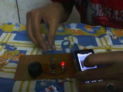 SIMPLE CELL PHONE DETECTOR USING IC555