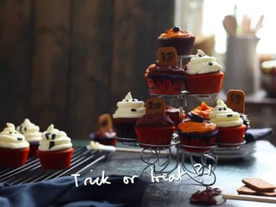How To Decorate Halloween Cupcakes #JLCook
