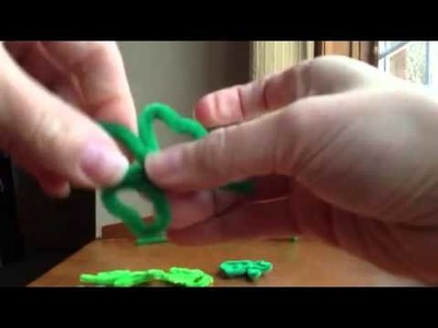 How to make a shamrock out of pipe cleaners