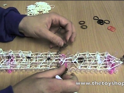 How to make Frozen Olaf Charm using a Loom Band Bracelet Maker