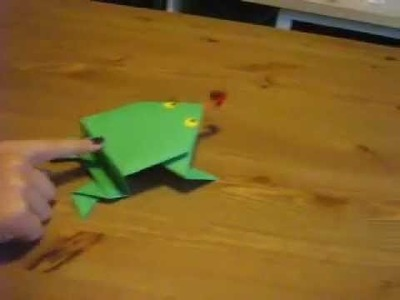 How to Make Jumping Frog With Paper
