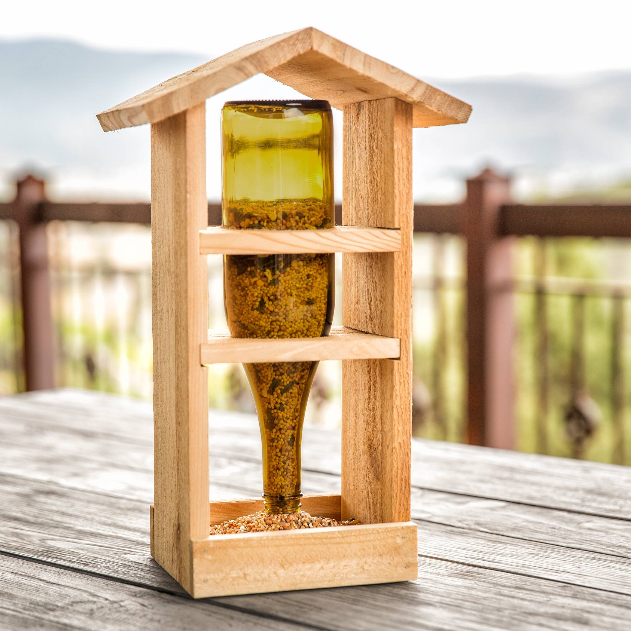 DIY Bird Feeder | Wood Craft | Apostrophe S | Bird Bistro