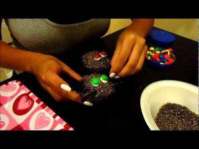 Halloween Week: Spider & Graveyard Cupcakes (Catherine)