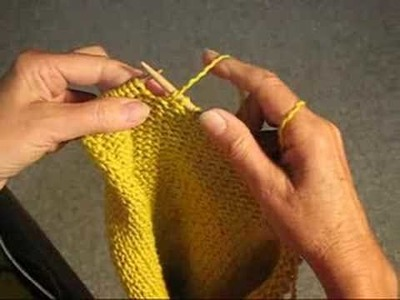 HOW TO UNRAVEL YARN METHOD ONE