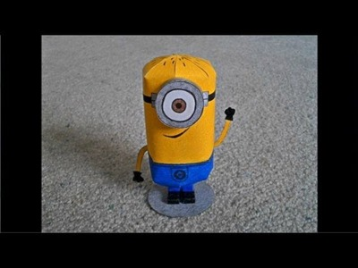 Paper Model of a Minion from the