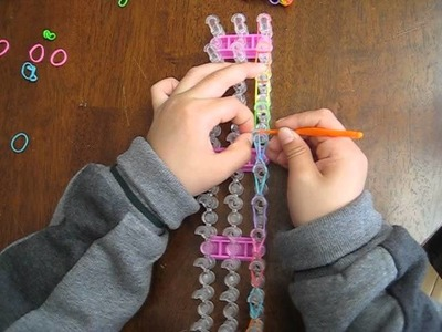 7  Year Old Teaches You How to Make a Simple Loom Bracelet
