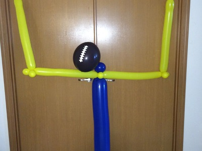 How To Make a Balloon FootBall Goalpost Decoration