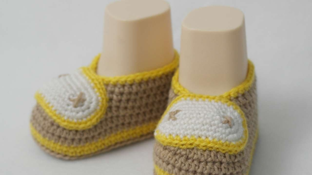 How To Make Crocheted Baby Booties - DIY Style Tutorial - Guidecentral