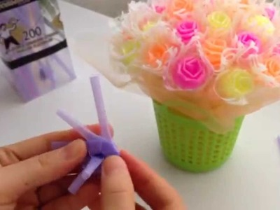 STEP-BY-STEP TUTORIAL: MAKING ROSES WITH DRINKING STRAWS