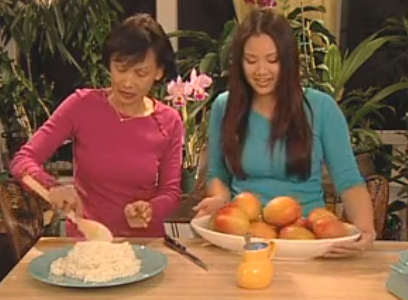 THAI FOOD Sweet Sticky Rice with Mangos