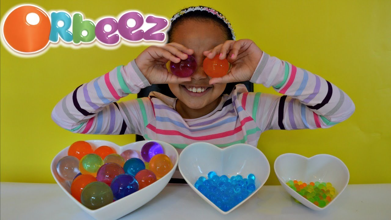GIANT ORBEEZ!! Kids Science Review | Toys AndMe