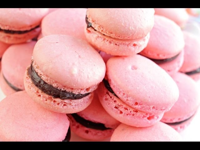 How to Make French Macarons | SimplyBakings