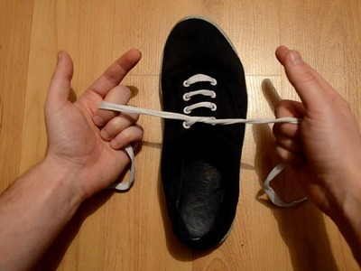How to tie your shoe lace in one second