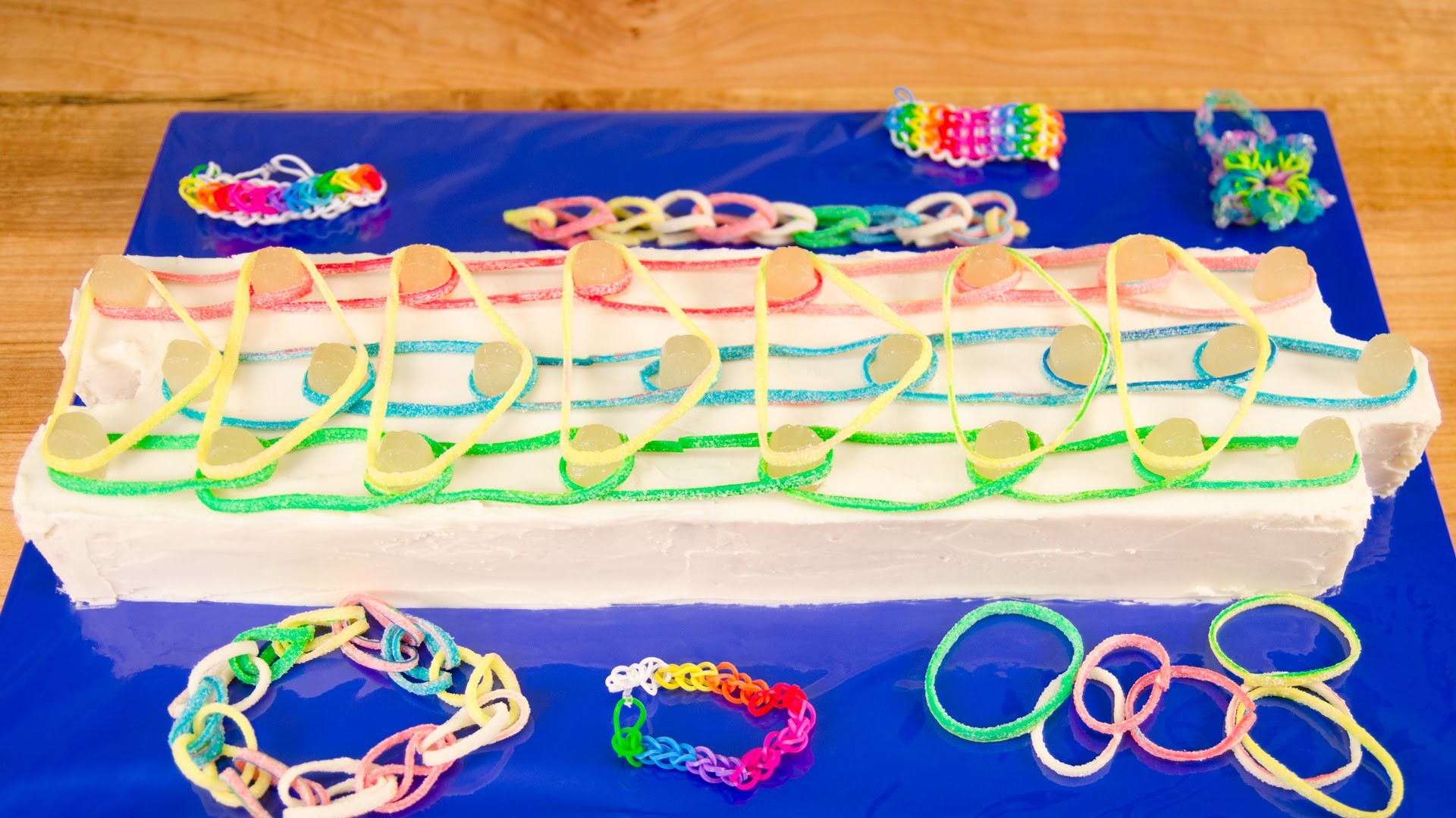 Rainbow Loom Cake from Cookies Cupcakes and Cardio